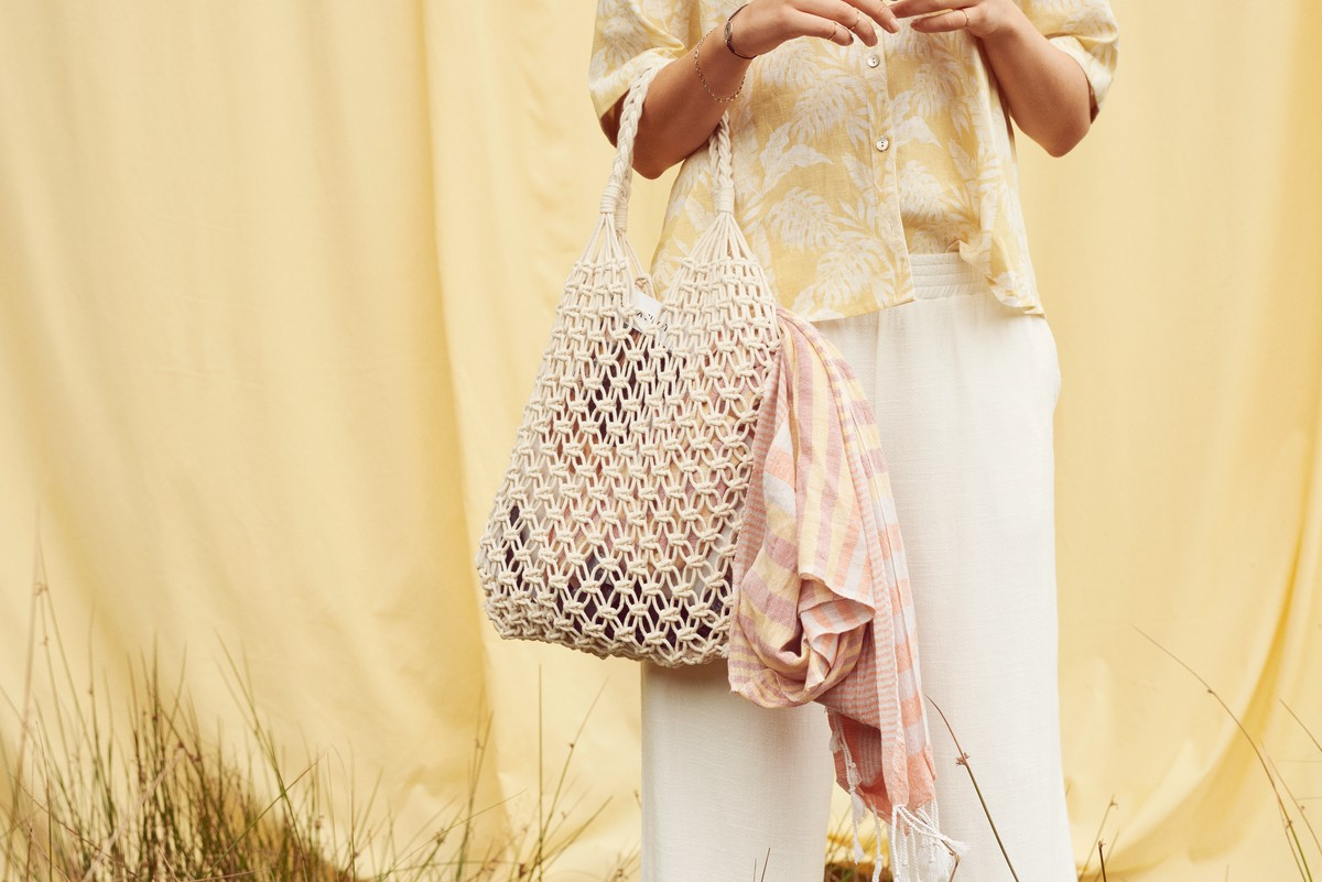Cream Clothing - Crochet - Bag