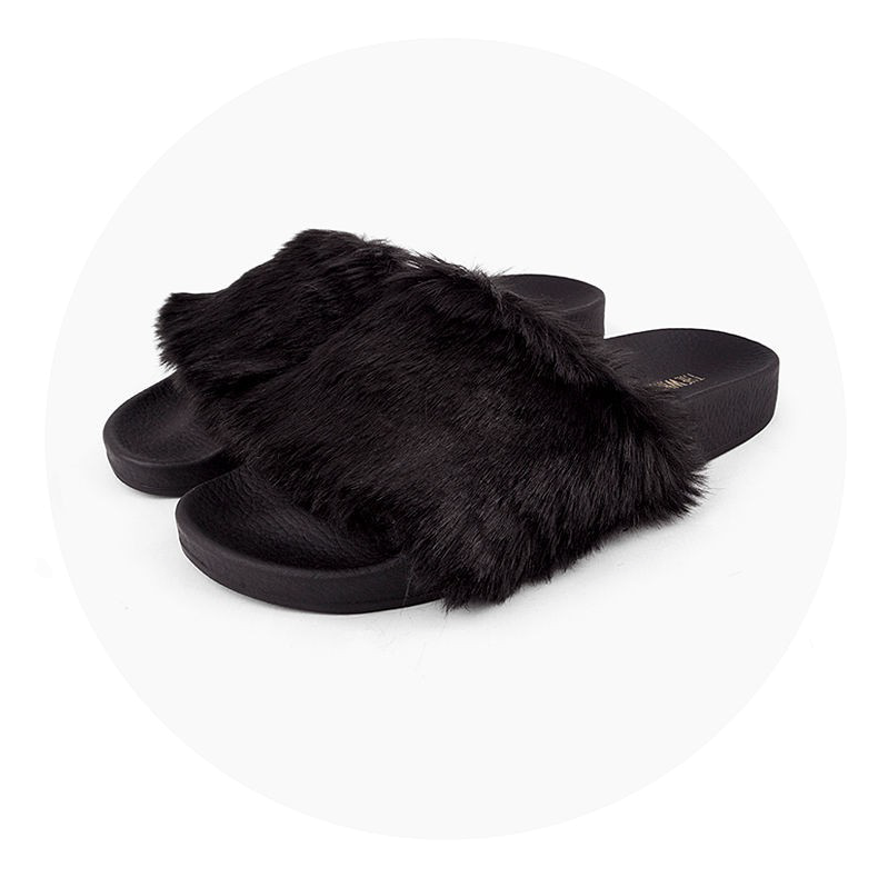 The White Brand - Slides - Fur - schwarz